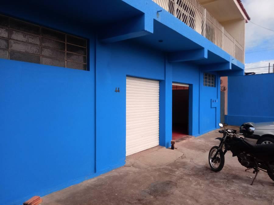 LOCAÇÃO - BARRACÃO COMERCIAL