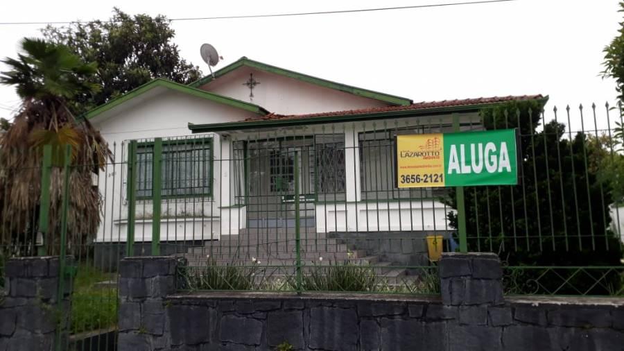 CASA COMERCIAL NA RUA ERASTO GAERTNER