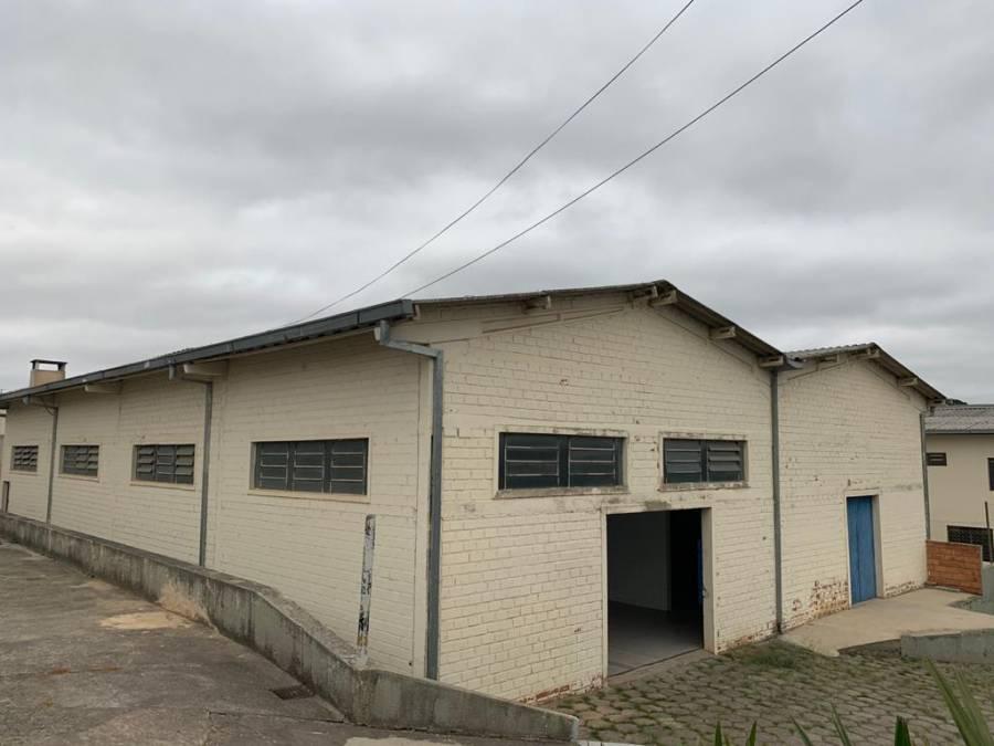 BARRACÃO NA ROÇA GRANDE - ÁREA INDUSTRIAL