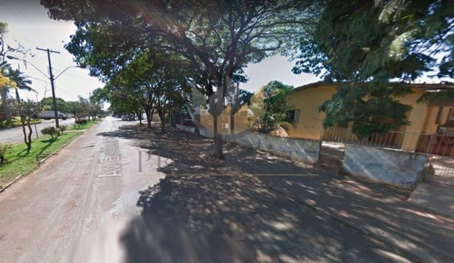 Venda - Terreno/Casa - 675m² - TERRA RICA