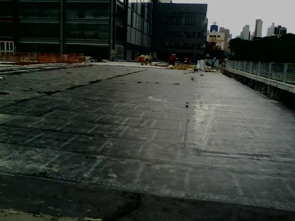 lage manta asfaltica obra arena da baixada