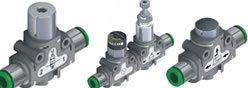 Imagem contendo alguns componentes da Série 55 - Tecnofun - Conexões Plug In e Acessórios Roscas 1/8
