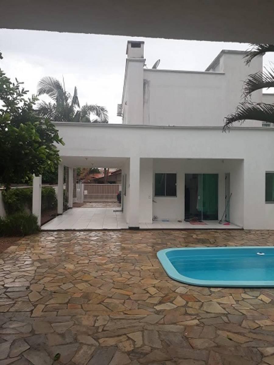 Casa em Itapoá - SC