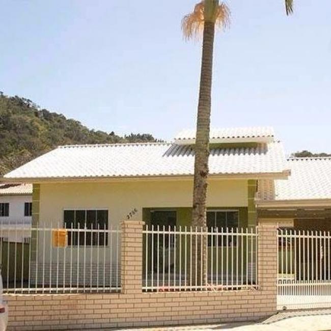 Excelente casa para venda no bairro Rio Pequeno/ 03 quartos