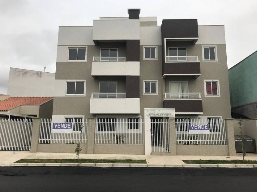 Vende-se lindo apartamento com churrasqueira e duas sacadas no bairro Jd. Cruzeiro